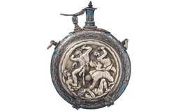 Elaborate Powder Flask with Case