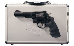 Smith & Wesson - 327